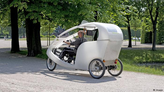 Three wheeled rikshaw