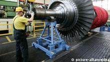 Produktion von Gasturbinen bei der Siemens AG in Berlin