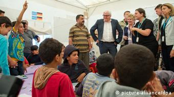 Frank-Walter Steinmeier at a refugee camp in Lebanon Photo: Bernd von Jutrczenka/dpa