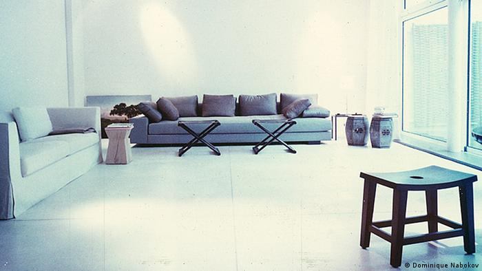 Christian Liaigre's living room in Paris, photographed in 2001, Copyright: Dominique Nabokov