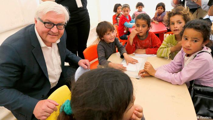 Frank-Walter Steinmeier in Lebanon Photo: REUTERS/Mohamed Azakir