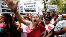 Protest nach Gruppenvergewaltigung und Ermordung zweier Mädchen in Indien 30.05.2014