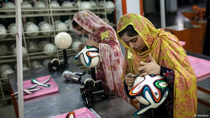 Bildergalerie Pakistan Fußballfabrik