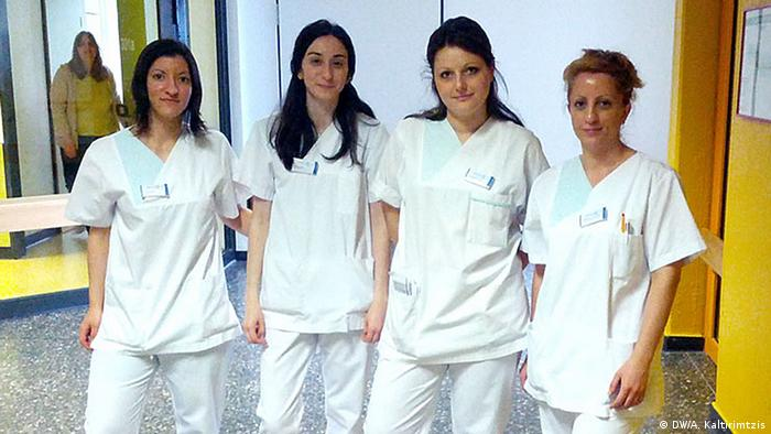 Griechische Pflegekräfte im Evangelischen Krankenhaus Kalk in Köln