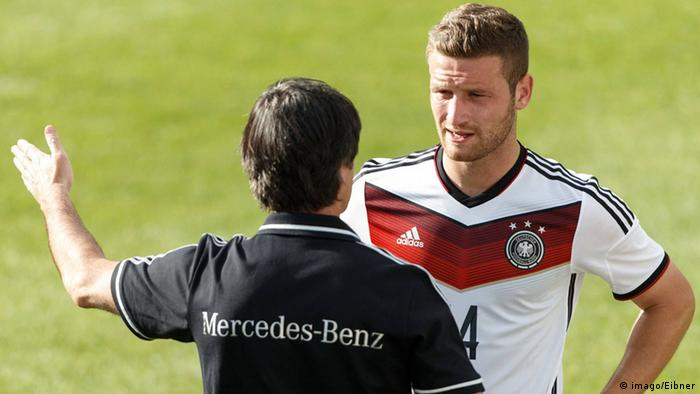 Bundestrainer Löw (links) und Nationalspieler Mustafi (Foto: Imago)
