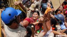 Indien Proteste gegen Vergewaltigung in Uttar Pradesh 02.06.2014