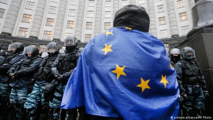 Ukraine Proteste EU Flagge 25.11.2013