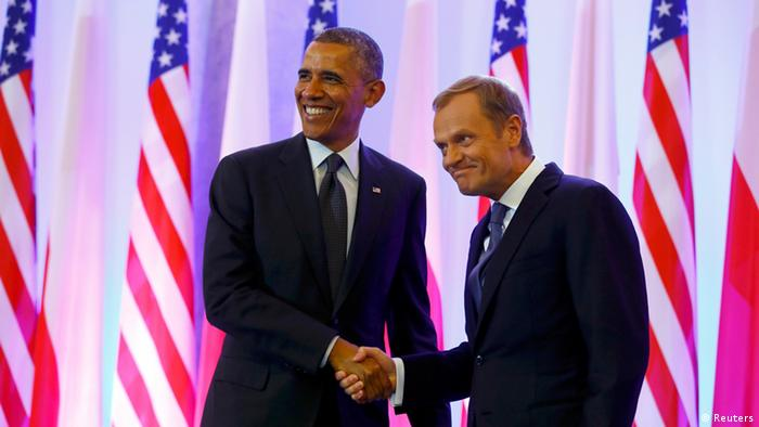 Obama mit Tusk vor Sternenbanner Foto: Reuters