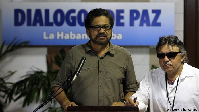 Márquez y Santrich durante las negociaciones en La Habana, en 2014.
