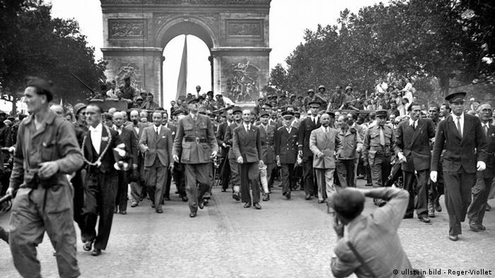 Резултат с изображение за Съюзническите войски освобождават Париж