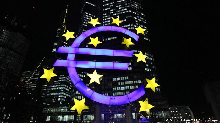 Conselho do Banco Central Europeu (BCE) injeta bilhões de euros contra deflação