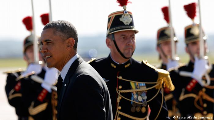US President Barack Obama arrives in Paris