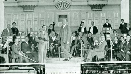 Richard Strauss conducts at the Vienna State Opera
