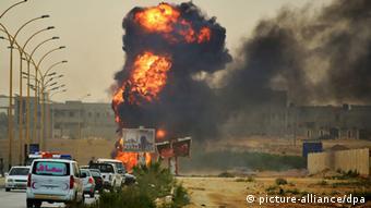 Libyen Bengasi Explosion 2.6.2014 (Foto: EPA/MAHER ALAWAMI)