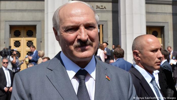Александр Лукашенко в Киеве на инаугурации президента Украины