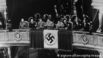 1938: Ο ιππότης με το ρόδο του Ρίχαρντ Στράους στην Κρατική Όπερα της Βιέννης