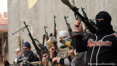 Bewaffnete Sunniten in Falludscha
