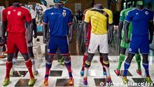 WM 2014 Fußballtrikots von Russland Japan Kolumbien und Bosnien und Herzegowina