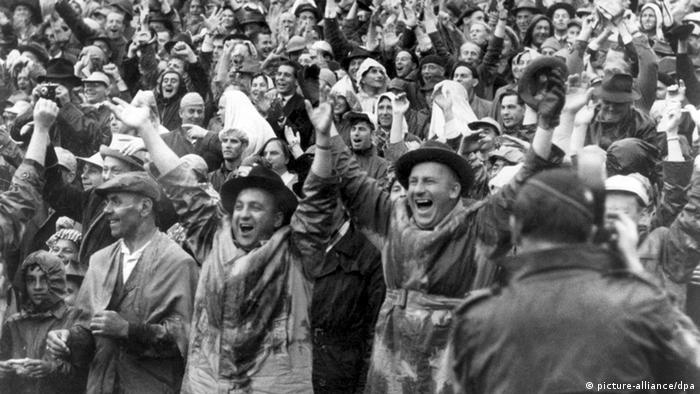 O Milagre de Berna: torcedores comemoram a vitória alemã em 1954