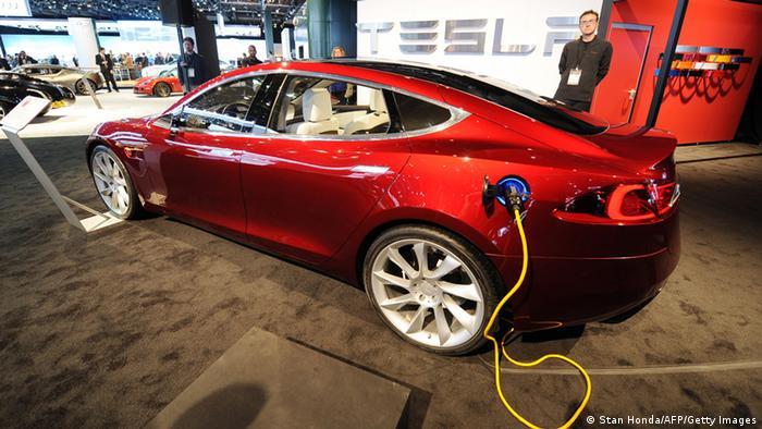 электроавтомобиль тесла