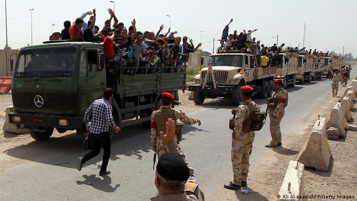 Irak Unruhen Freiwillige melden sich in Bagdad