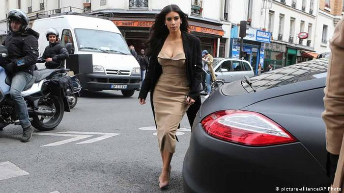 Kim Kardashian in Paris (picture-alliance/AP Photo)
