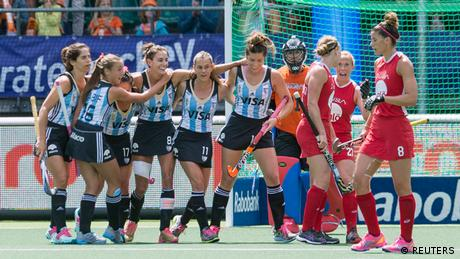 Hockey World Cup in Den Haag Frauenhockey Argentinien vs. USA (REUTERS)