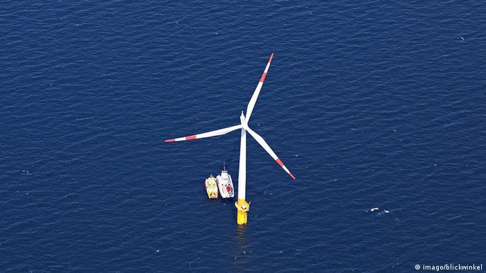 Generadores eólicos off-shore en el Mar Báltico. (Archivo)