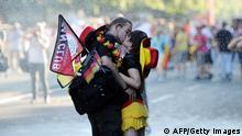 FIFA WM 2014 Berlin Deutschland Fans Kuss