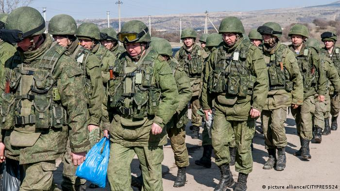Колонна российских военнослужащих