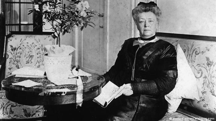 Bertha von Suttner um 1912 (Foto: picture-alliance/akg-Images)