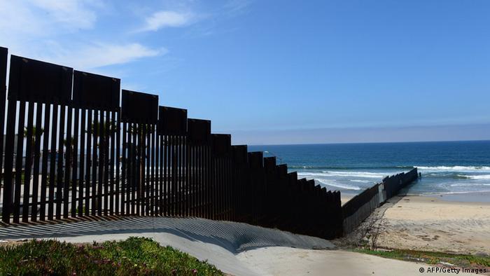 Grenzzaun an der US-amerikanisch-mexikanischen Grenze