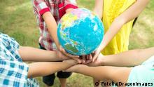 Symbolbild Crossing Cultures Globalisierung