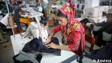 Näherin Textilverarbeiterin Bangladesch billige Kleidung