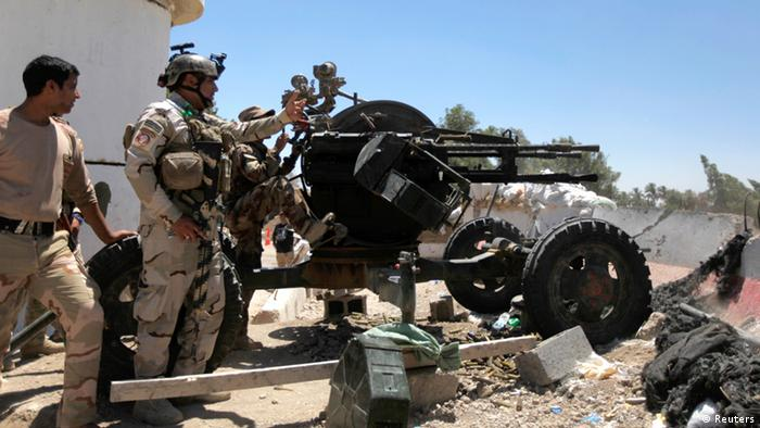 Iraqi security forces taking up posts west of Baghdad