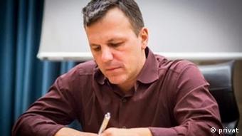 O Δημήτρης Χριστόπουλος, καθηγητής στο Πάντειο Πανεπιστήμιο επικεφαλής της έρευνας