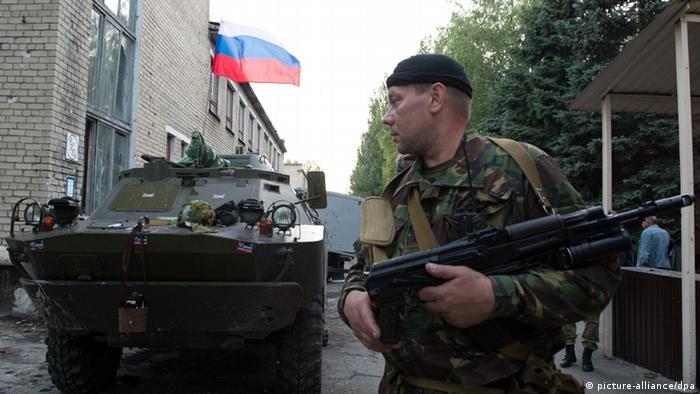 Militäreinheit 3023 in Donezk ergibt sich an Volkswehr