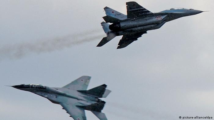 Zwei Sukhoi Su-25 in der Luft (Foto: ITAR-TASS