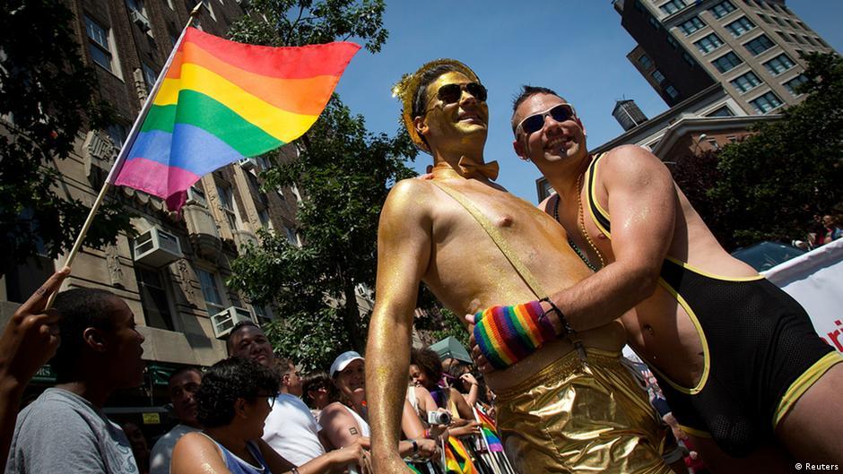 Трансвеститы и бисексуалы 88