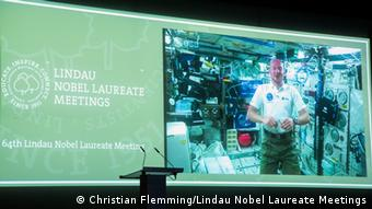 a video still image of Alexander Gerst (Foto: Christian Flemming/Lindau Nobel Laureate Meetings)