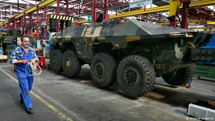 Panzerproduktion in Kassel (Foto: picture alliance)l)