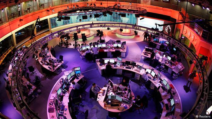 Katar Presse Newsroom beim Nachrichtensender Al Dschasira in Doha Englisch (Reuters)