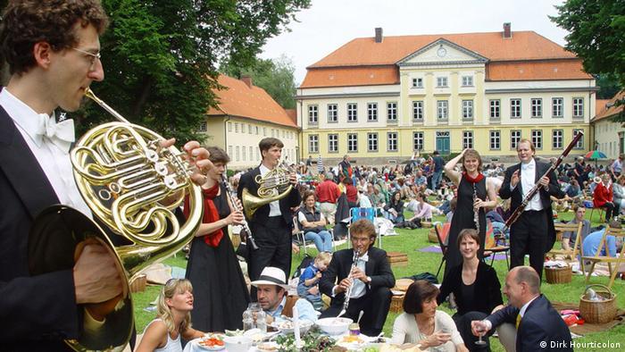 swingerclubs in nrw sexkontakte schleswig holstein