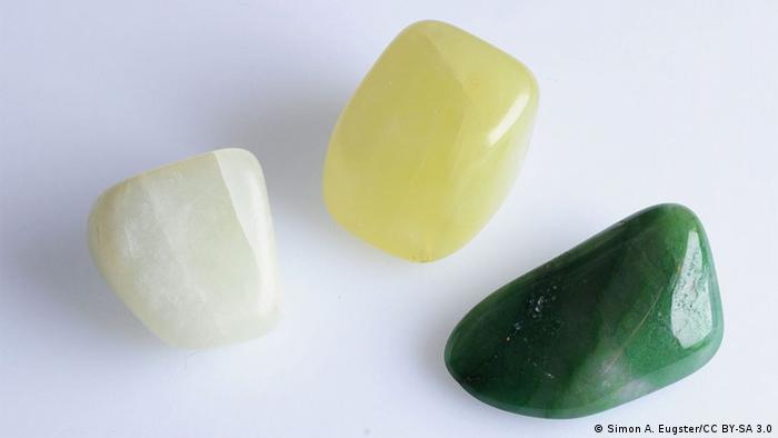 Weiße und grüne Jade