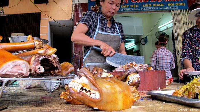 Hundefleisch in Restaurant in Vietnam