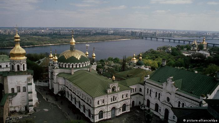 Киево-Печерская лавра - одна из величайших святынь православия