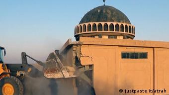 Irak - ISIS zerstört Moscheen in Mossul