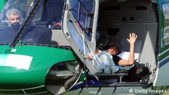 O Νεϊμάρ μεταφέρεται στο νοσοκομείο