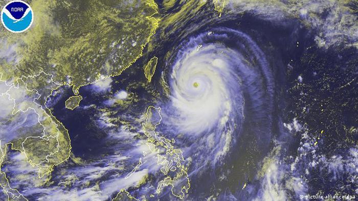Neoguri Typhoon 07.07.2014 (picture-alliance/dpa)