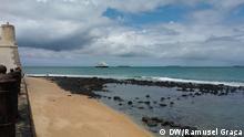 Foto 5 1. Titel: Exploration von Erdöl in São Tomé 2. Bildbeschreibung: Exploration von Erdöl auf See in São Tomé 3. Fotograf: Ramusel Graça (DW Korrespondent) 4. Wann wurde das Bild gemacht: 7.07.2014 5. Wo wurde das Bild aufgenommen: São Tomé e Príncipe 6. Schlagwörte: São Tomé, Öl, Exploration Erdöl